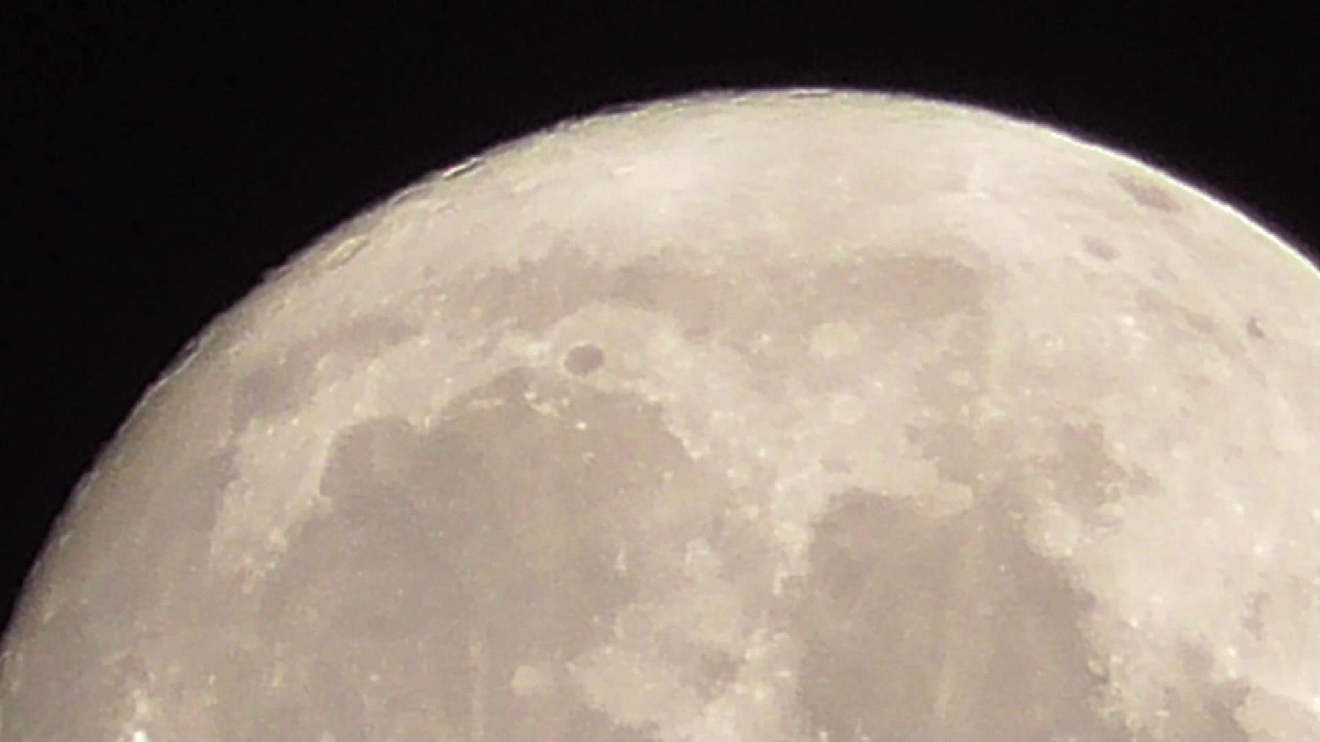 Wigilijna pełnia księżyca